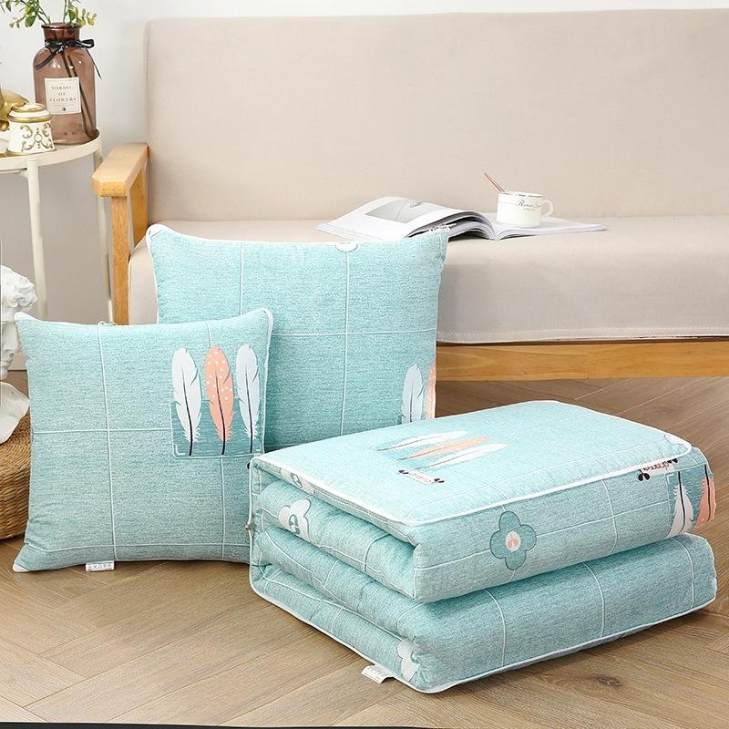 多功能抱枕被两用办公室折叠空调毯午睡枕头